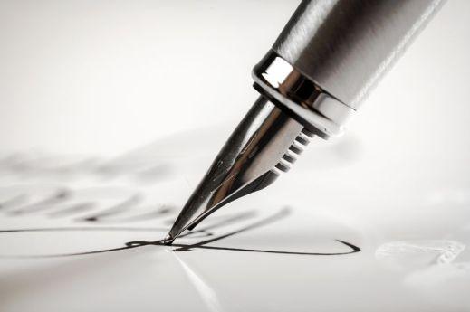48196821 - pen.
